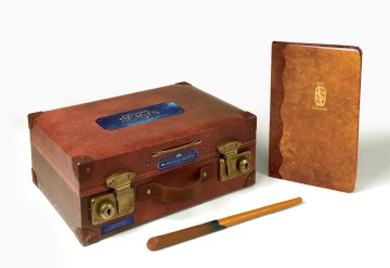 Product Fantastic Beasts: The Magizoologist's Discovery Case